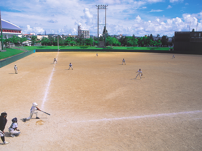 chatan-softball-ground-01