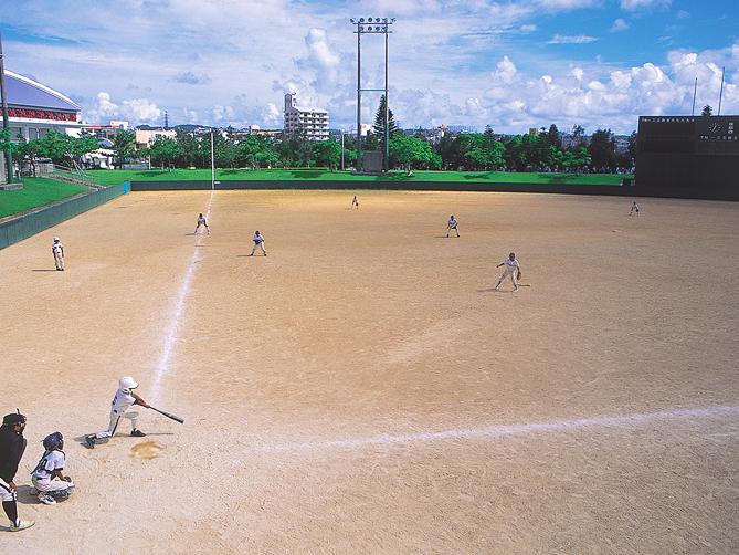 chatan-softball-ground-01